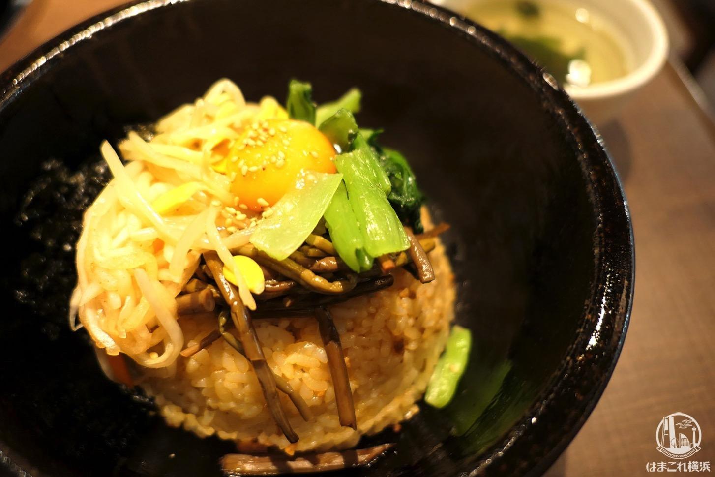 横浜ベイクォーター「コラボ」で石焼ビビンパランチ!本場の韓国料理揃う名店