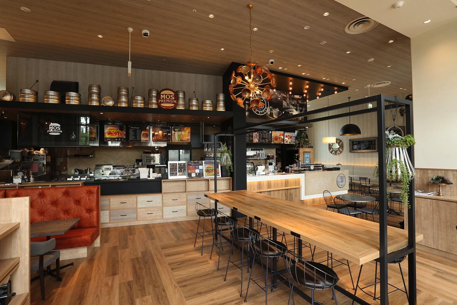 桜木町にモスプレミアムとマザーリーフティースタイルの複合店舗がオープン!