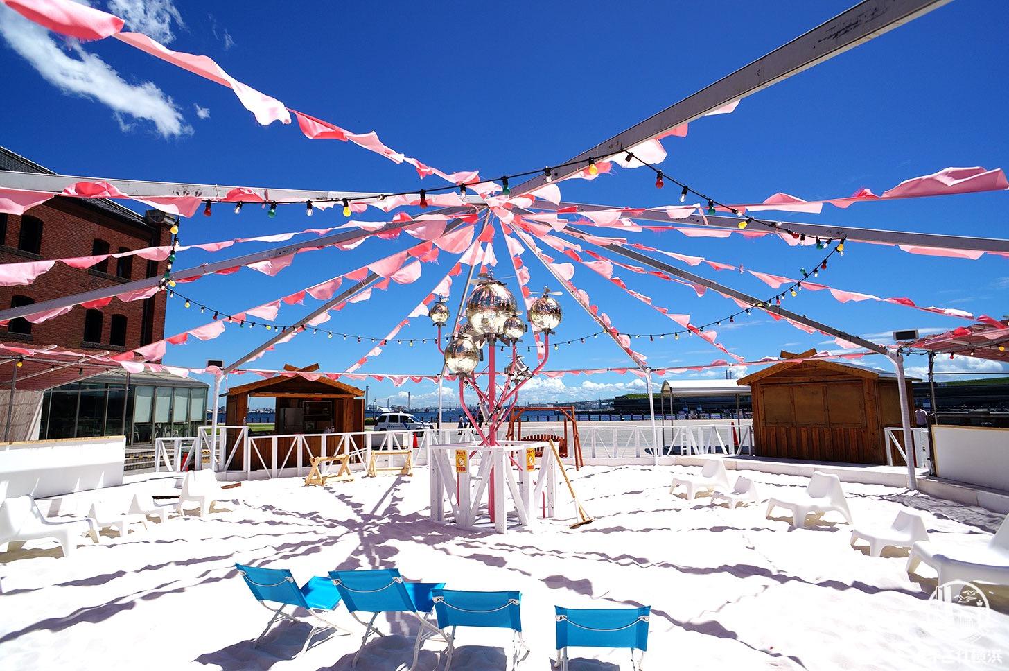 レッドブリックビーチ 真っ白な砂浜