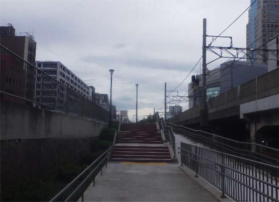 桜木町駅そばの東横線跡地、歩行者専用道路として供用開始