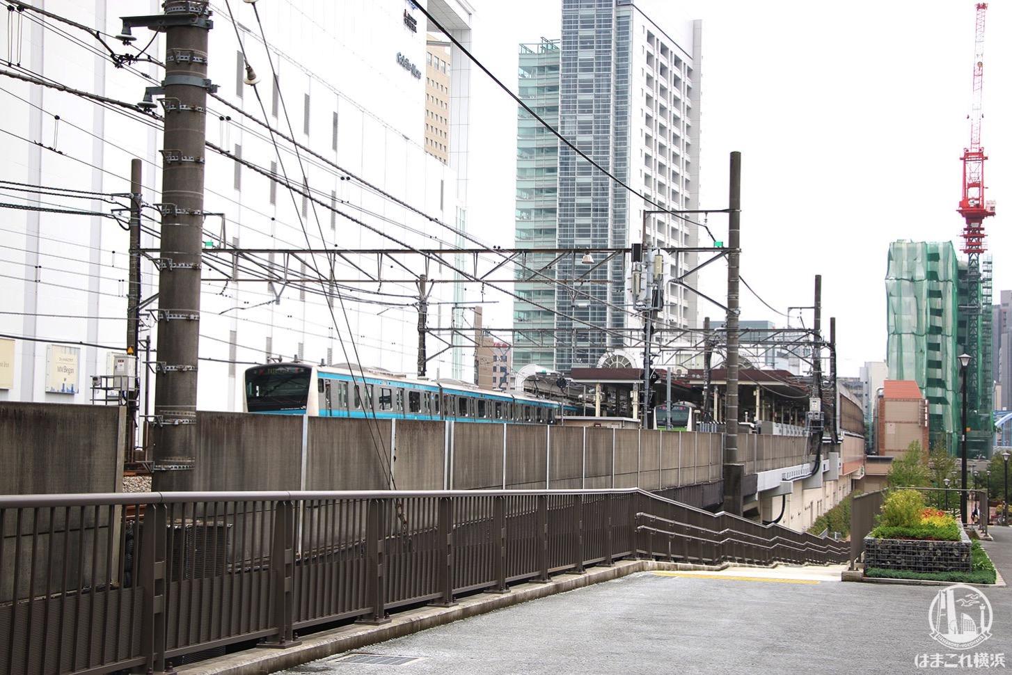 紅葉坂側から見た東横線跡地