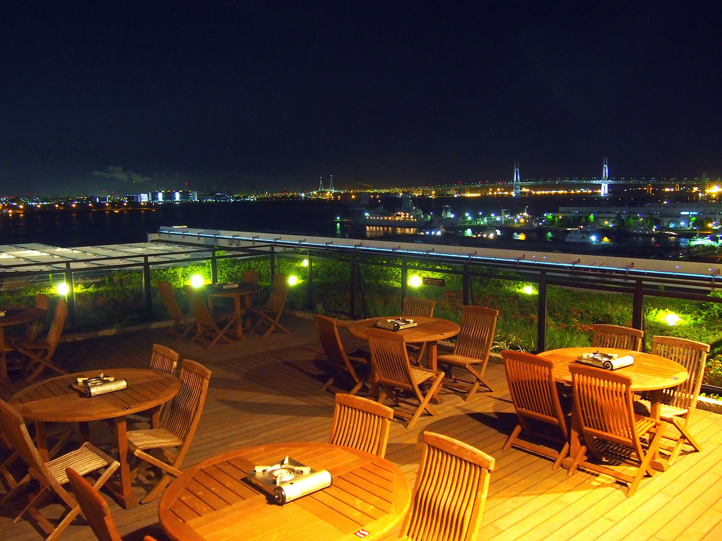 横浜みなとみらい 万葉倶楽部「横浜港を臨む絶景BBQビアガーデン」開催!夜景見ながら浴衣で