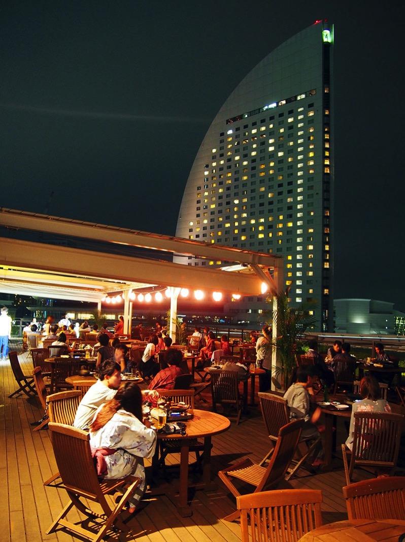 横浜港を臨む絶景BBQビアガーデン
