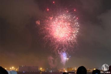 """横浜スパークリングトワイライト、大さん橋・有料ペア席の感想!天候""""雨"""""""