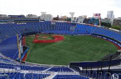 横浜スタジアム ライト側「ウィング席」徹底レポ!観戦の感想・指定席最安値・注意点など