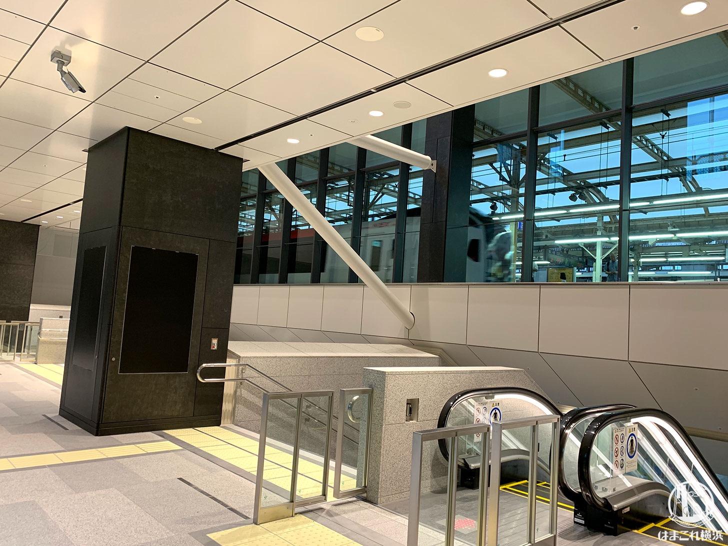 https://hamakore.yokohama/wp-content/uploads/2019/07/yokohama-station-atrium-report-03.jpg