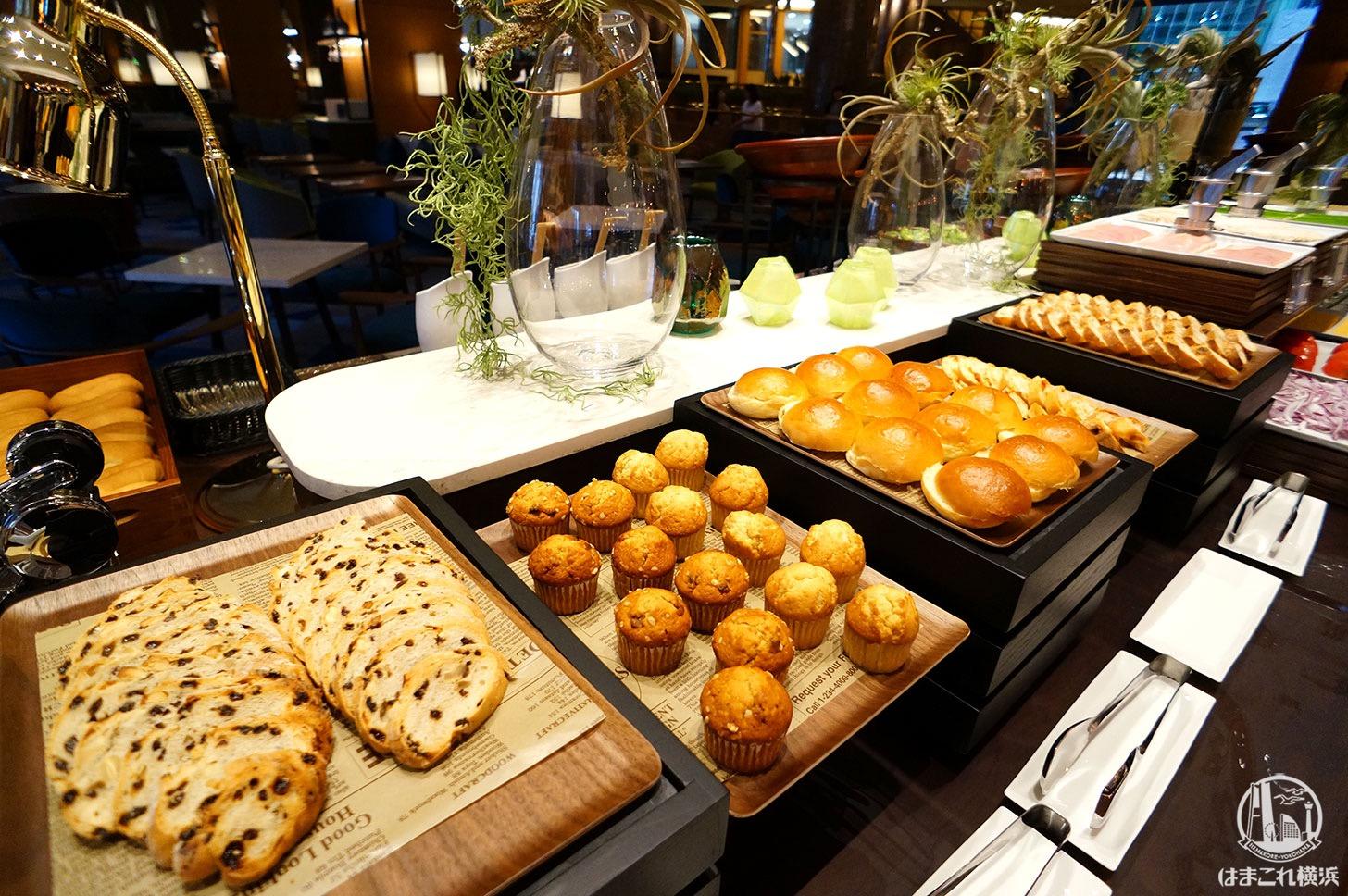 ナイトスイーツブッフェ 軽食のパン
