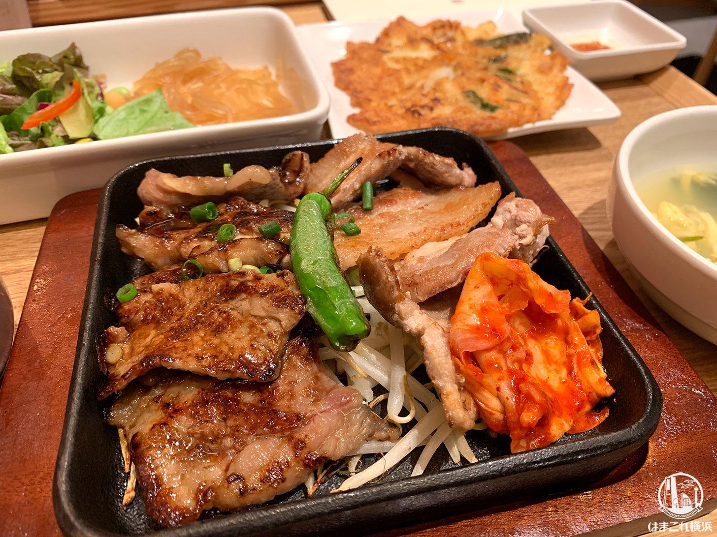 横浜駅「韓美膳(ハンビジェ)」のランチが韓国料理いろいろセットで会話も弾む旨さ!