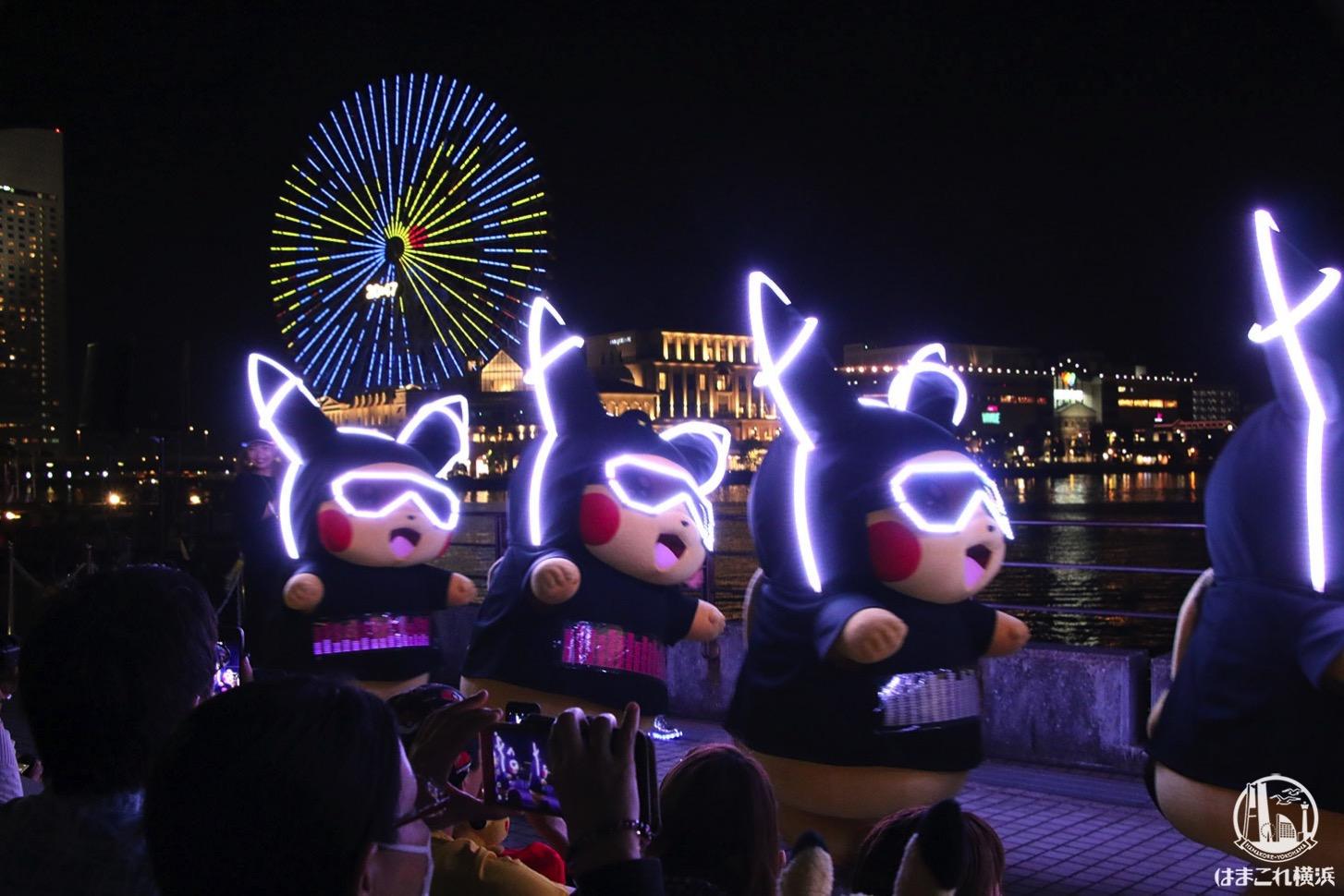 ピカチュウの大行進(夜)