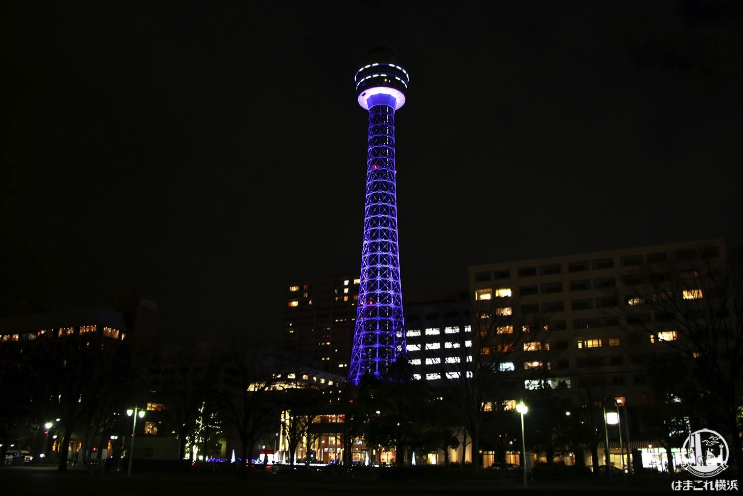 横浜マリンタワー