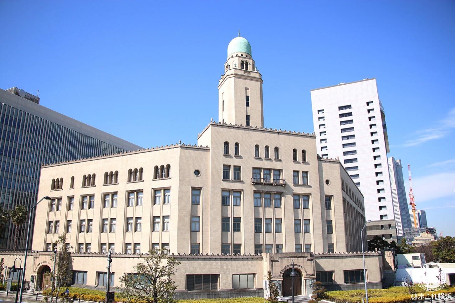 横浜税関・クイーン