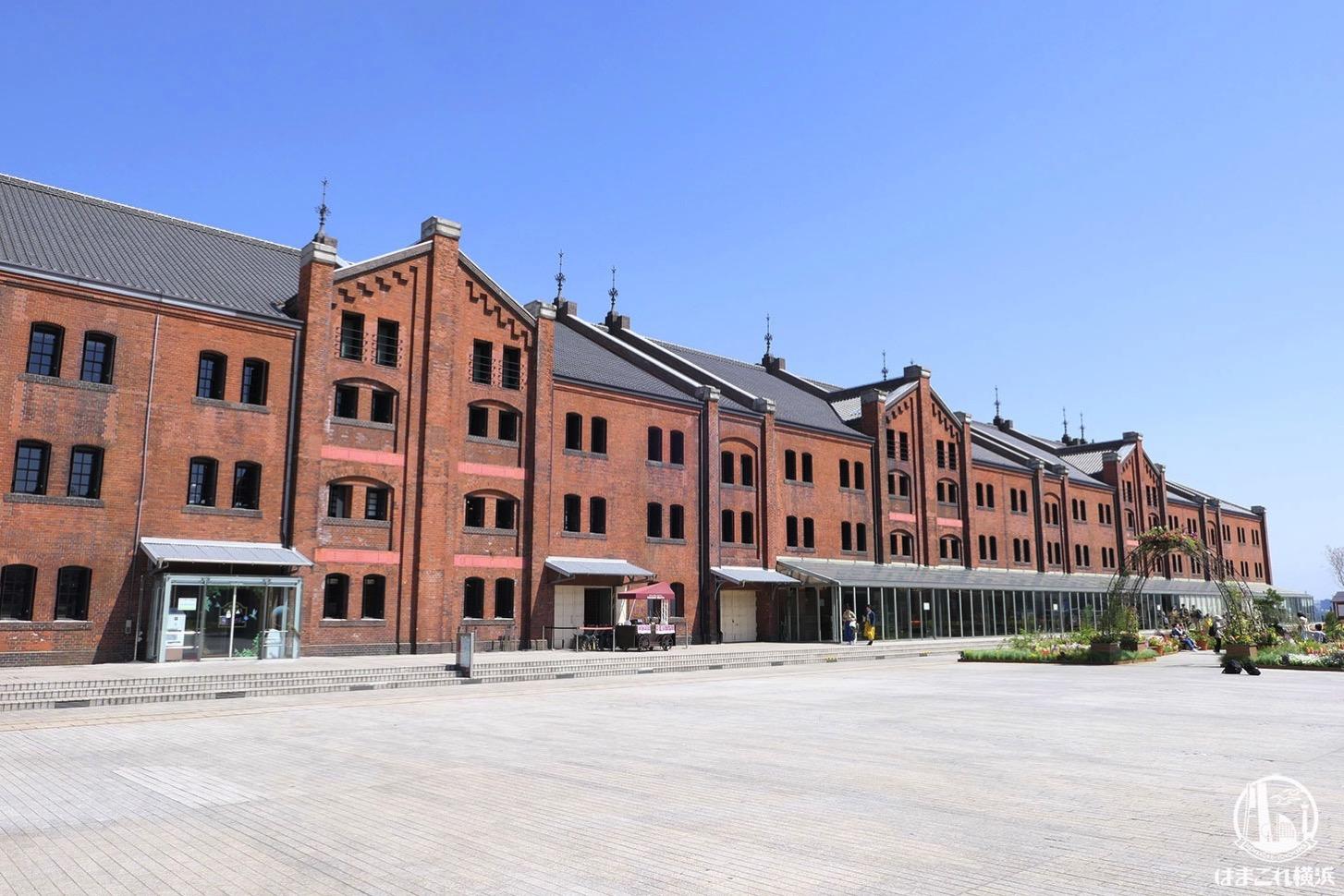 横浜赤レンガ倉庫は何がある?港の景色やグルメ、イベント満載の観光スポット