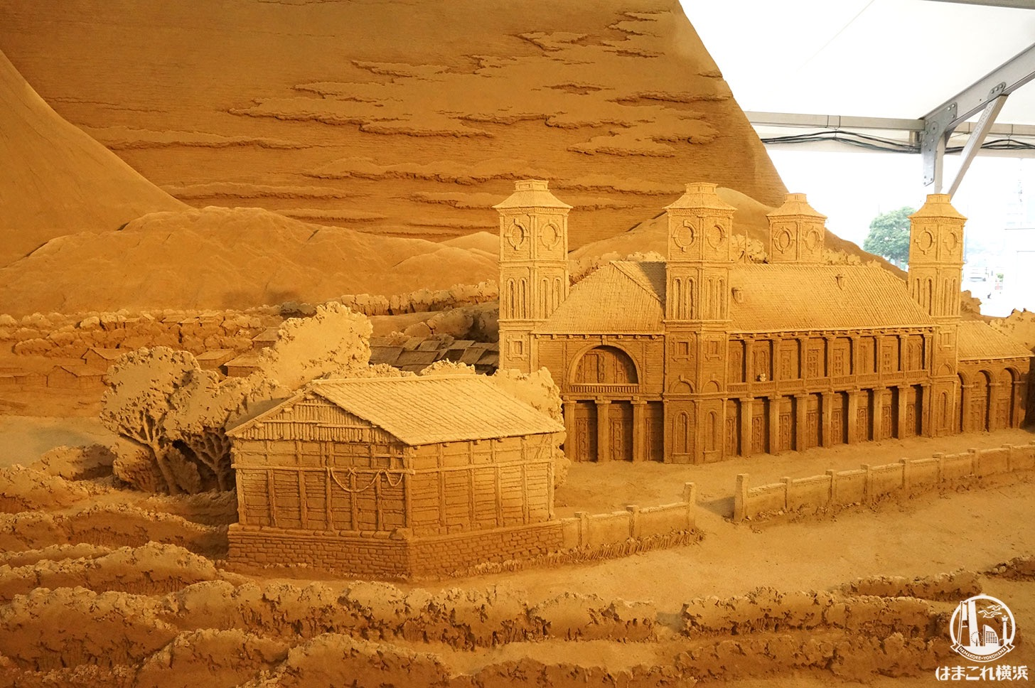 ヨコハマ砂の美術館 砂の彫刻 富士山
