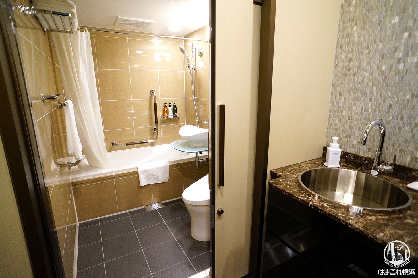 アパホテル&リゾート 横浜ベイタワー「インペリアルスイート」お風呂