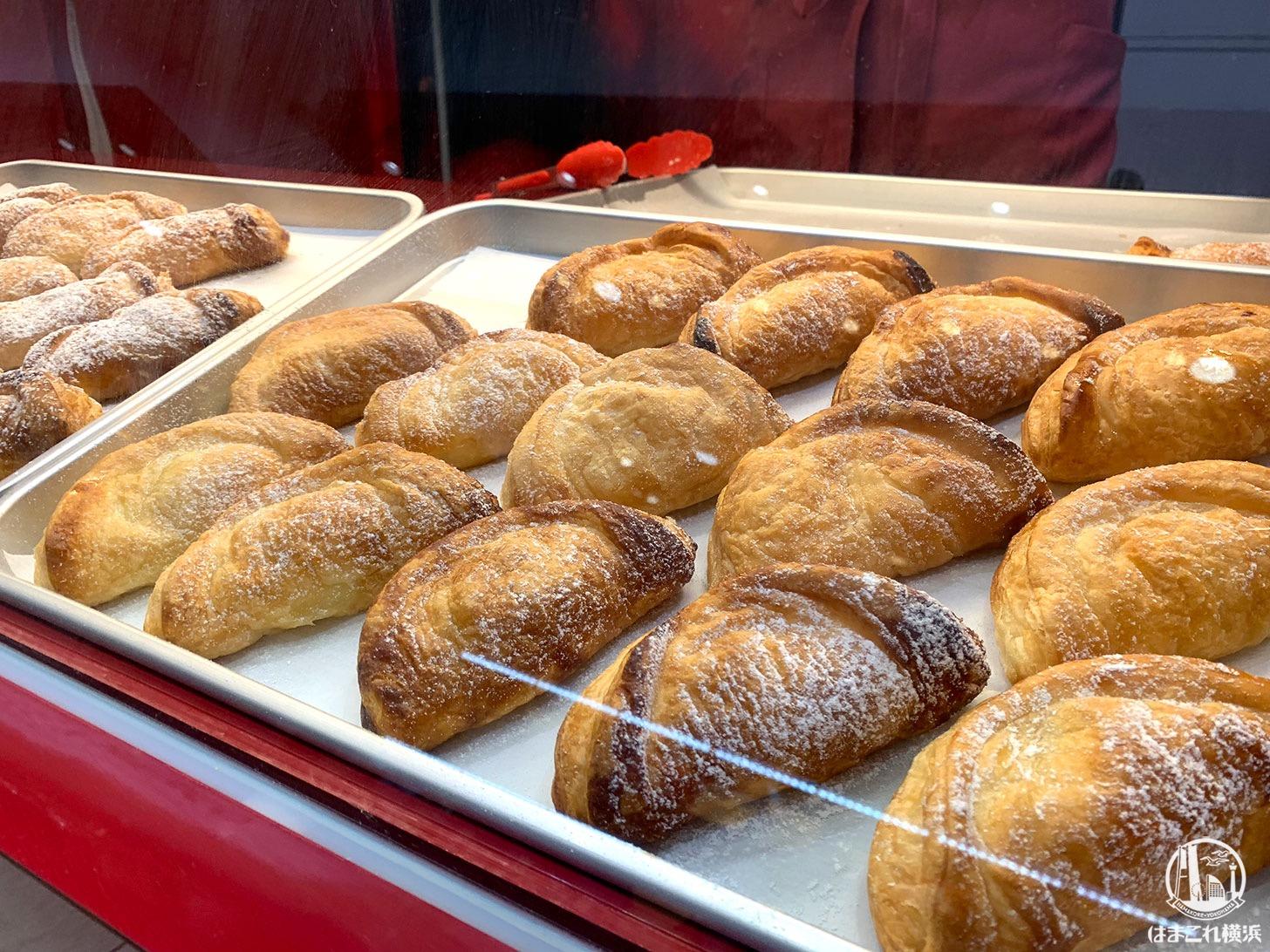 横浜駅「ドルチェアンドマルコ」世界一のアップルパイは手土産にも喜ばれた旨スイーツ!