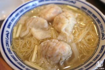 横浜中華街「南粤美食」海老ワンタン麺も煲仔飯も超絶旨くて行列でもまた行く!