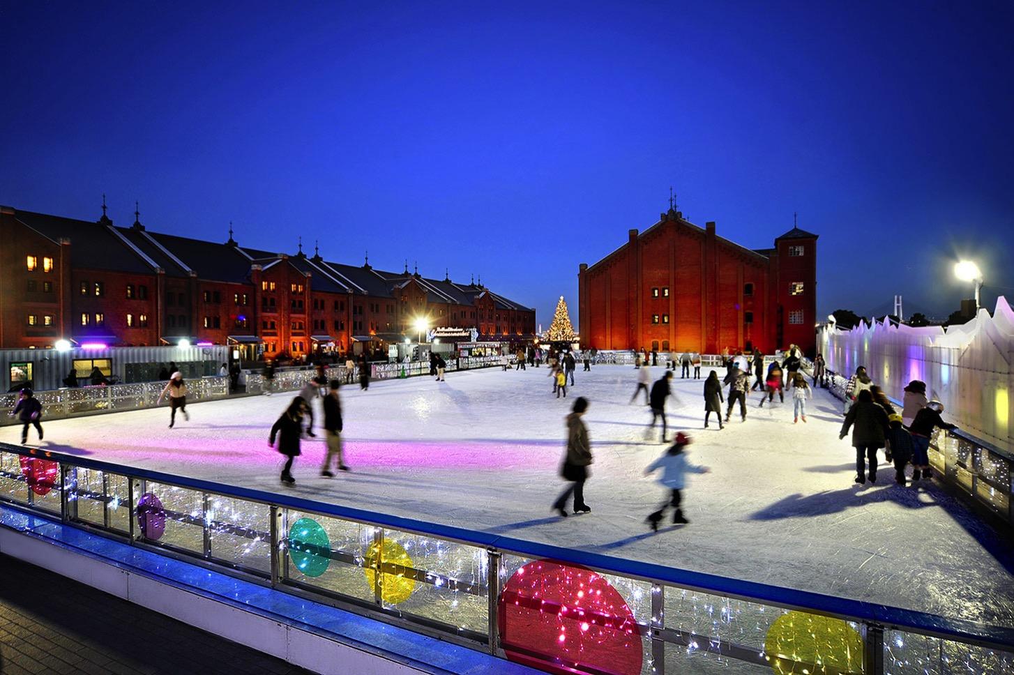 アートリンクin横浜赤レンガ倉庫開催!アイススケートとアートのコラボ