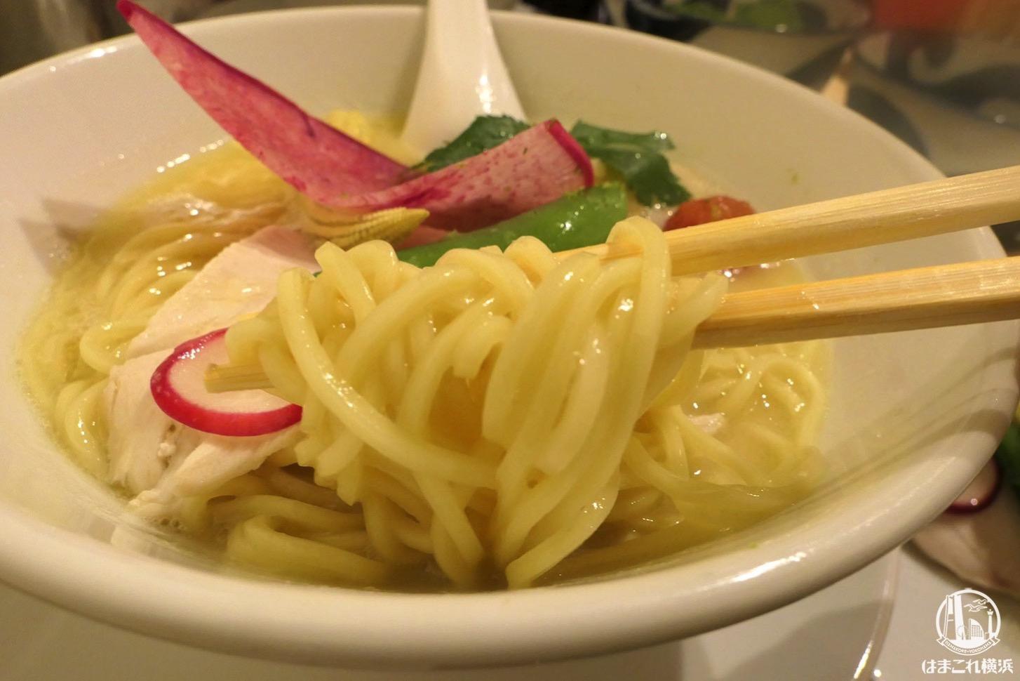 特製鶏白湯soba 麺