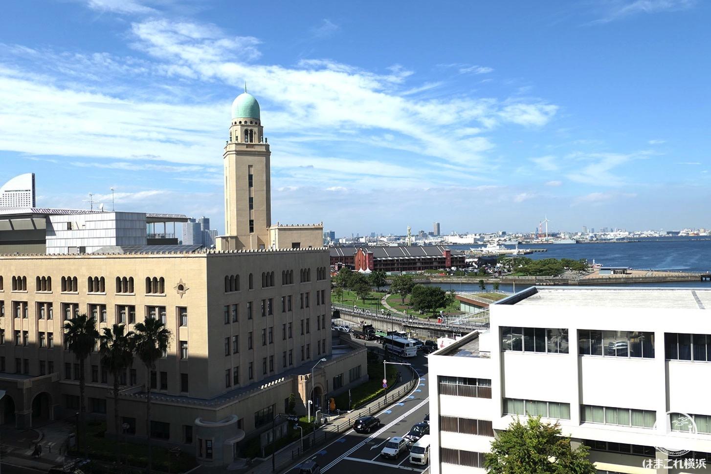 神奈川県庁本庁舎公開 屋上から見た横浜税関(クイーン)