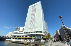 桜木町駅新改札から横浜市新市庁舎を結ぶデッキ建設か