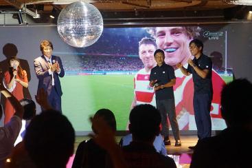 ラグビー日本代表をアソビルで応援!人気ドラマ出演者と巨大スクリーンで試合観戦