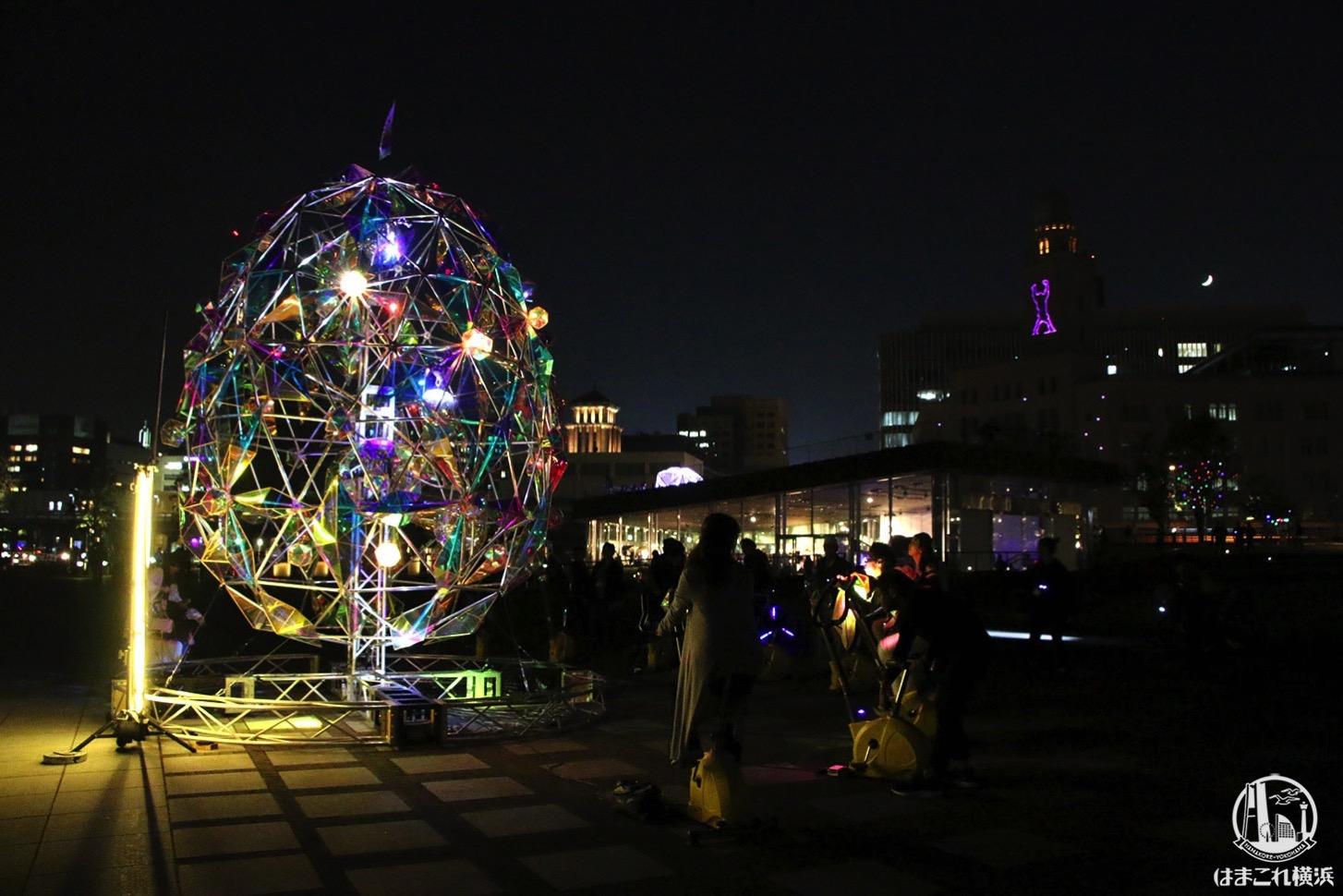 スマートイルミネーション横浜2019 レポ!身体を動かして光るたまごや巨大迷路、クイーンも