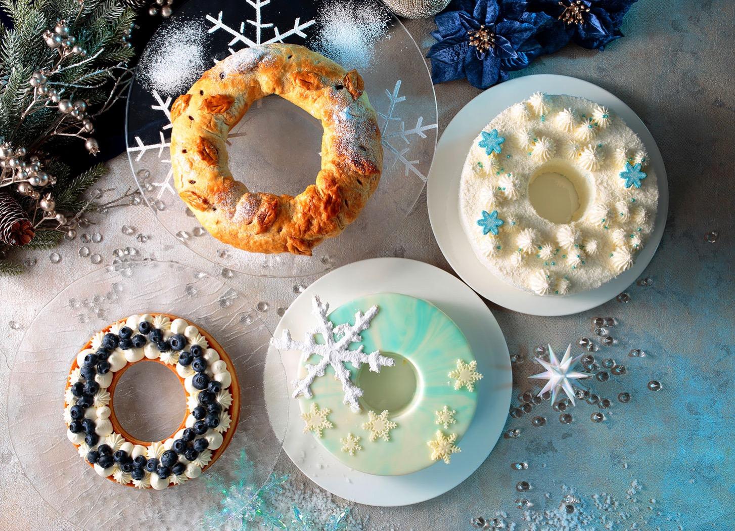 WHITE CHRISTMAS × NAVY BLUE