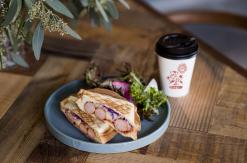 キャラバンコーヒースタンド、横浜元町に地域密着の新ブランド店として開店!
