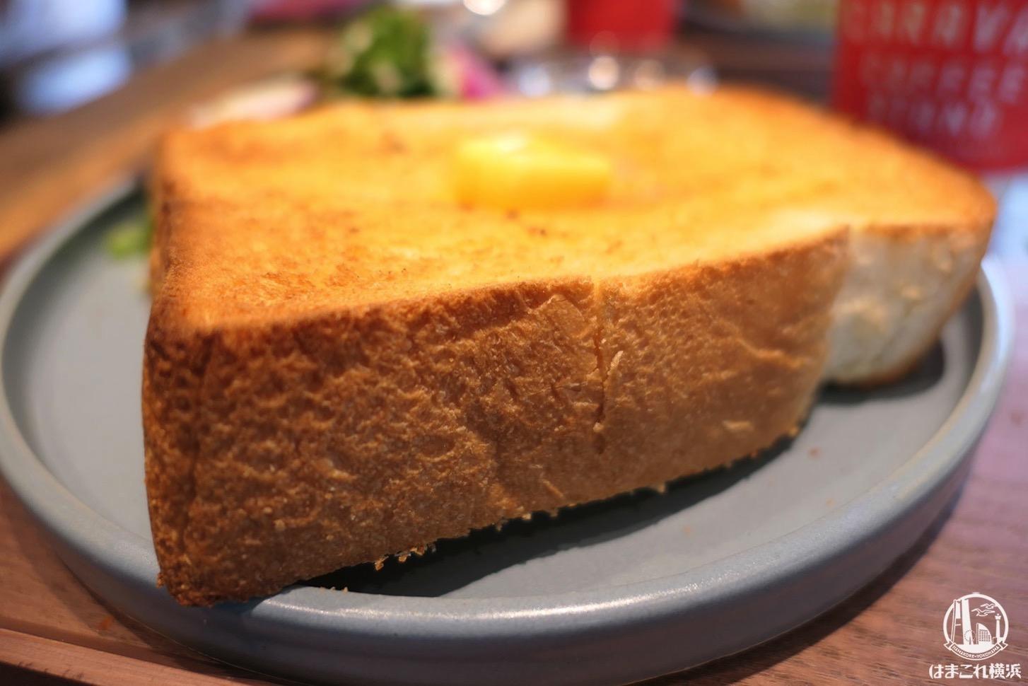 キャラバンコーヒースタンド モーニングセット トーストの厚み