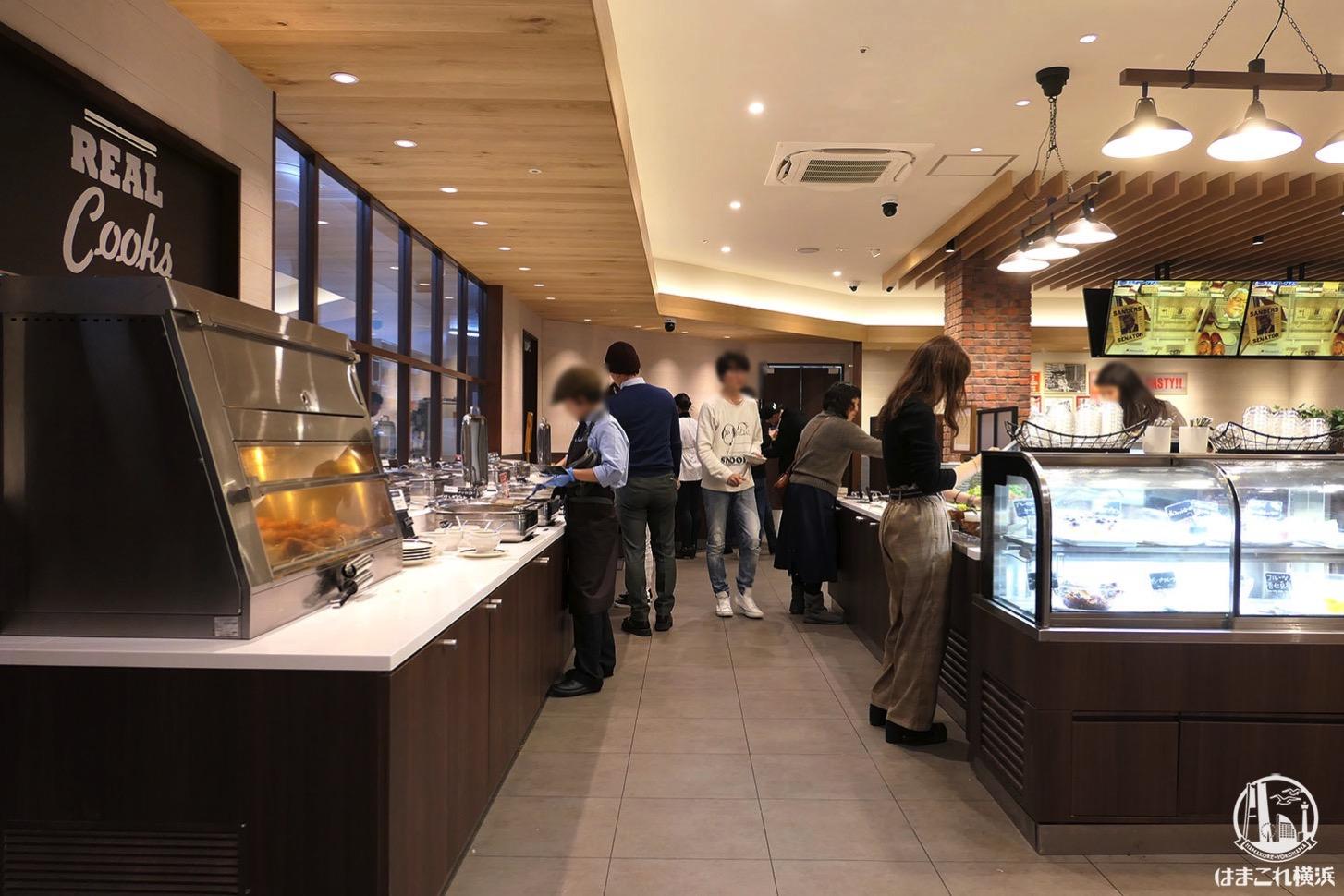 KFCレストラン 南町田グランベリーパーク ブッフェカウンター