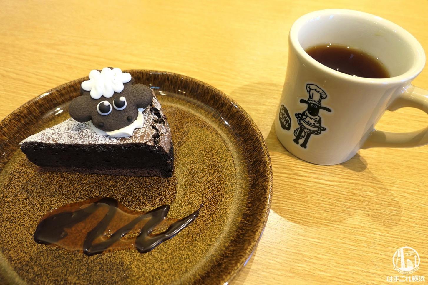 ひつじのショーンカフェ南町田、店内もメニューも可愛い!予約なしで整理券で待ってみた