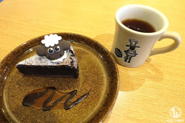 ひつじのショーンカフェ南町田、店内もメニューも可愛い!予約なし整理券で入店