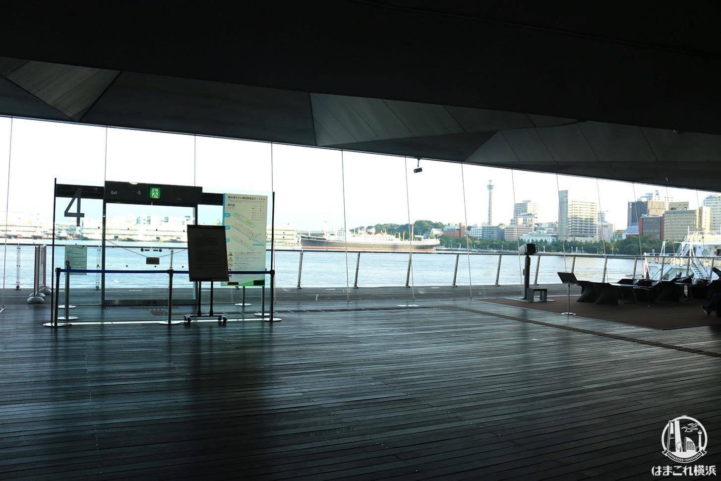 横浜港大さん橋国際客船ターミナル 施設内