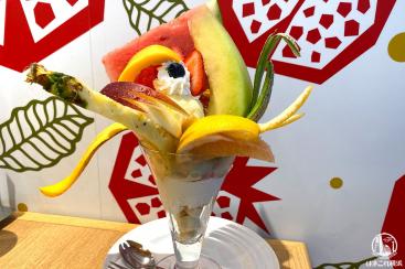 果実園リーベル横浜で超豪快フルーツパフェと季節限定和栗パフェ食べてきた!