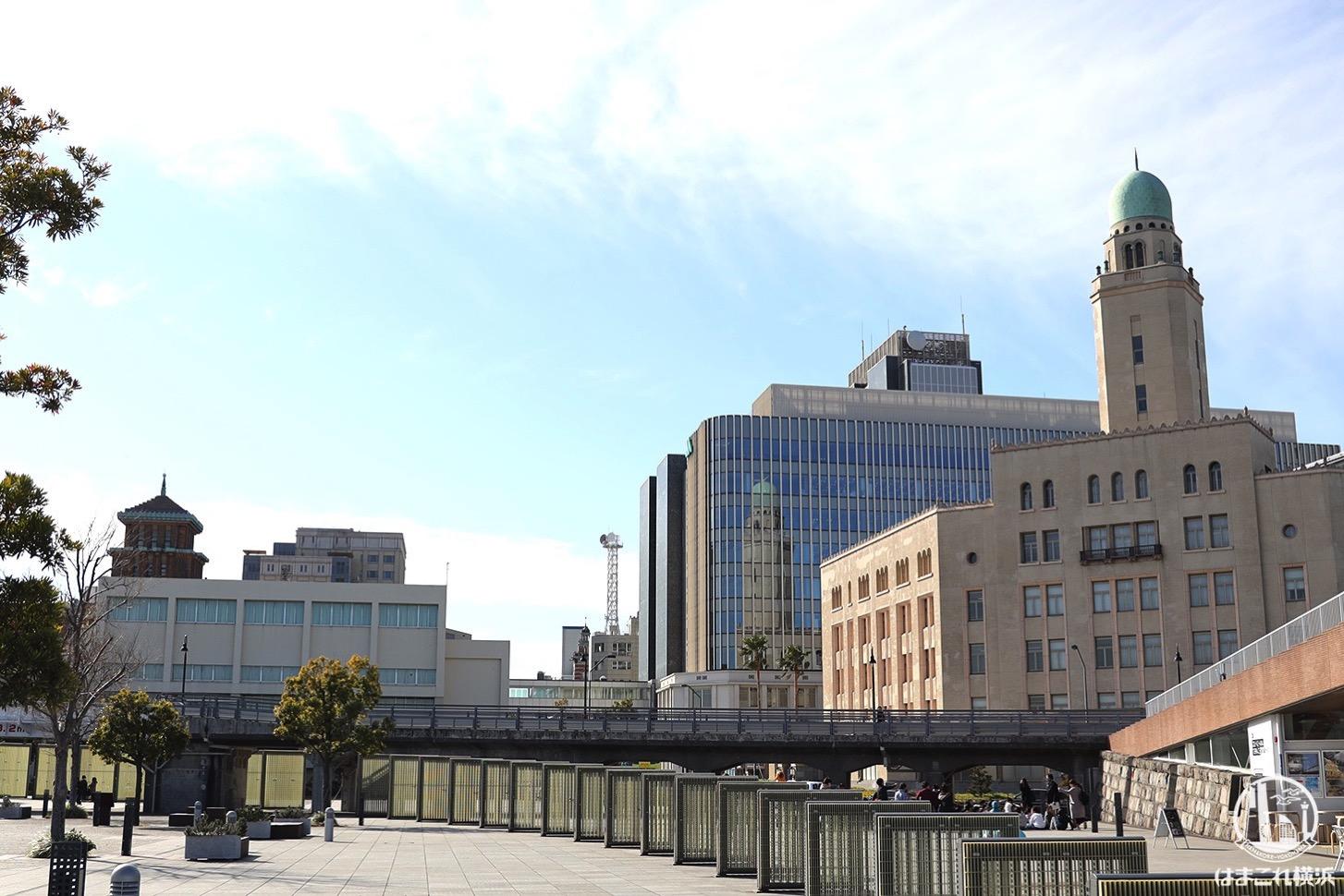象の鼻テラス前から見た横浜三塔