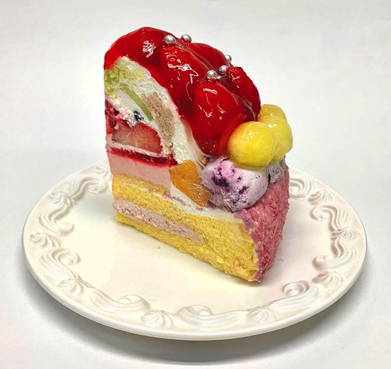 にじ色スウィーツ いちごケーキ