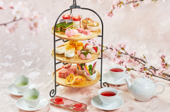 リストランテ マンジャーレ 伊勢山に和洋折衷「苺と桜のスプリングアフタヌーンティー」登場!