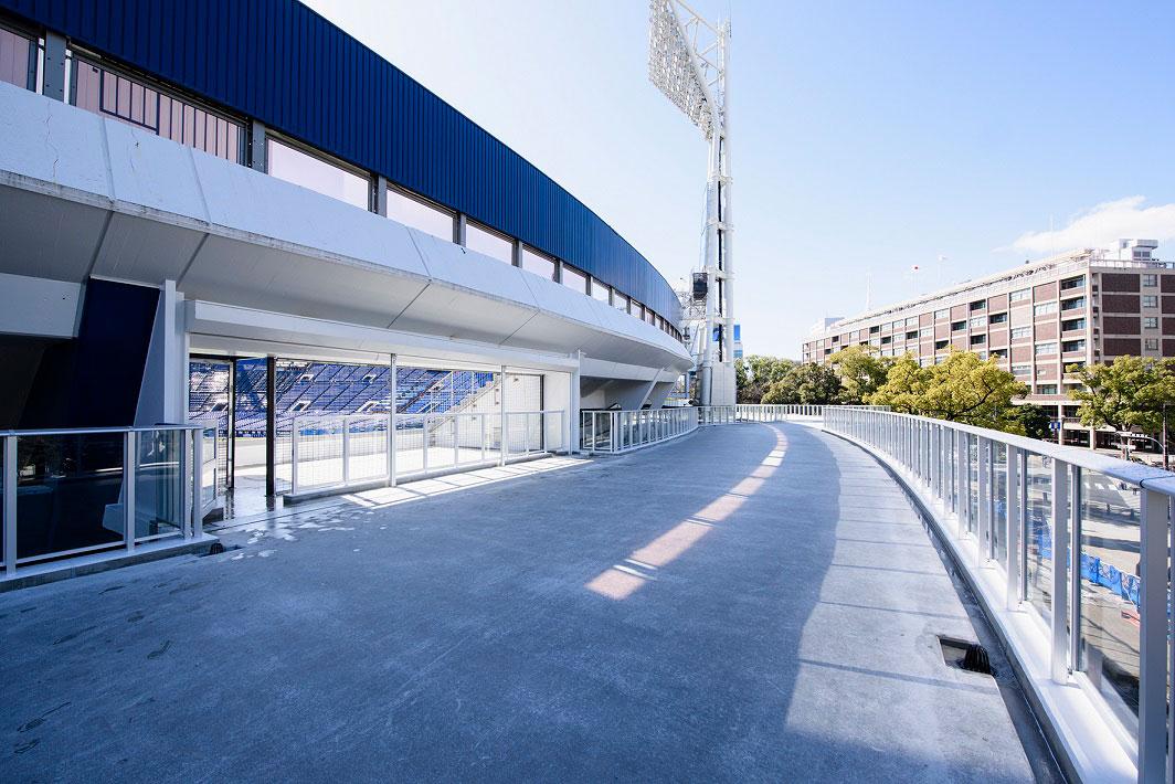 横浜スタジアム外周1周できるように「Yデッキ」拡張!非試合日は公園内通路として通行可