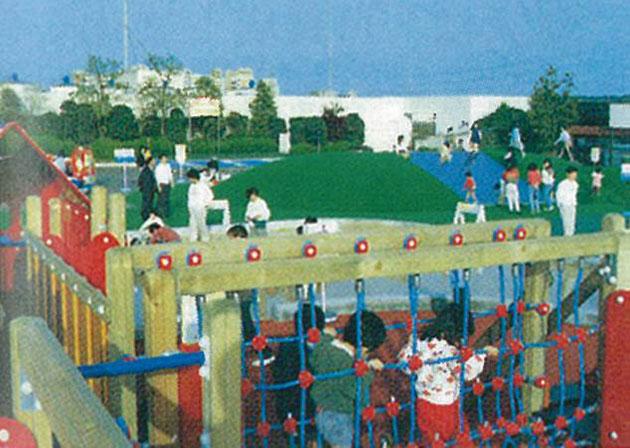 1990年のリニューアルで屋上が子供広場に