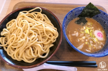 横浜ベイサイド「白楽栗山製麺」フードコートで人気のつけ麺食べて来た!