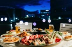 新横浜プリンスホテル、開放感溢れる屋上ビアガーデン開催