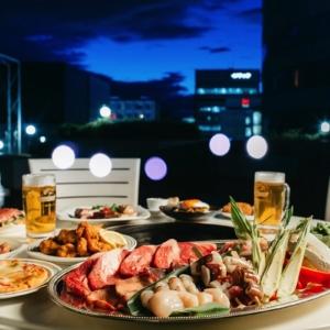 新横浜プリンスホテル、開放感溢れる屋上で「ビアガーデン」開催