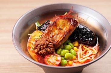 横浜東急REIホテル「アンコール」に冷やしフォアグラ担々麺やかき氷など夏限定メニュー