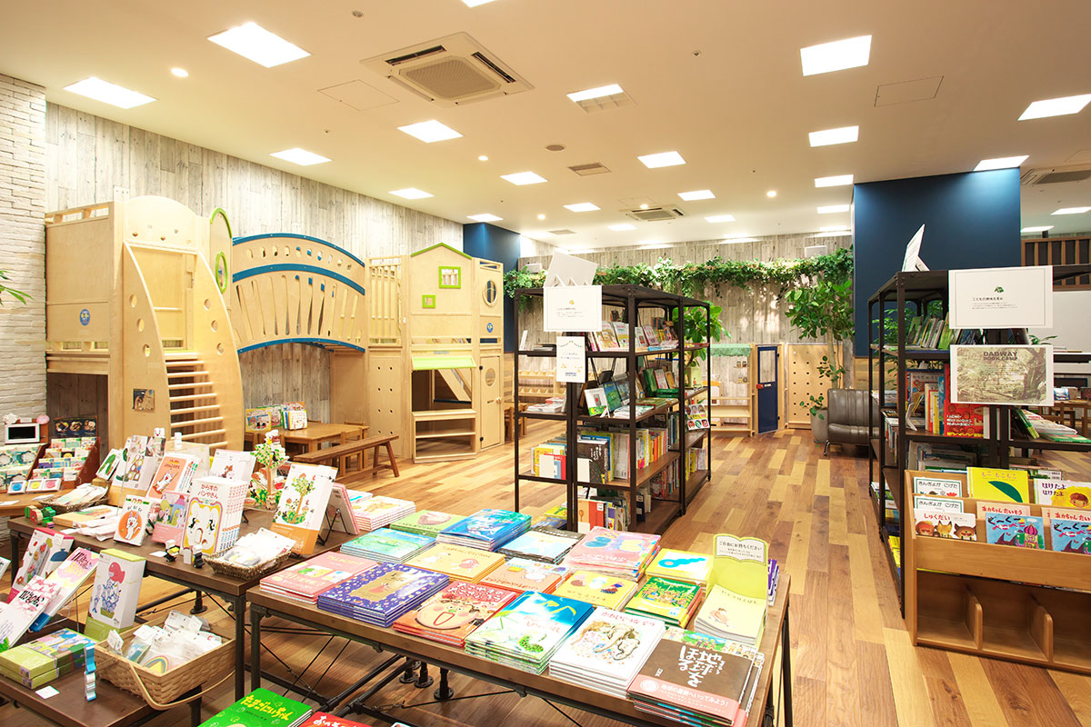 横浜ベイクォーターのダッドウェイに「DADWAY BOOK CAMP」新設