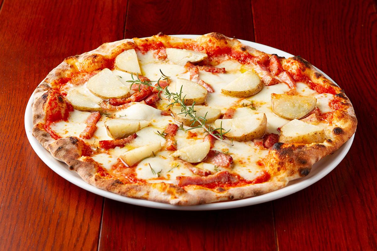北海道産じゃがいもを使用したピザ