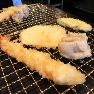 博多天ぷら たかお 横浜馬車道店で店舗限定ランチ!揚げたて数回に分けて提供