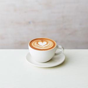 ブルーボトルコーヒー みなとみらいカフェ、テラス席完備でマークイズにオープン!
