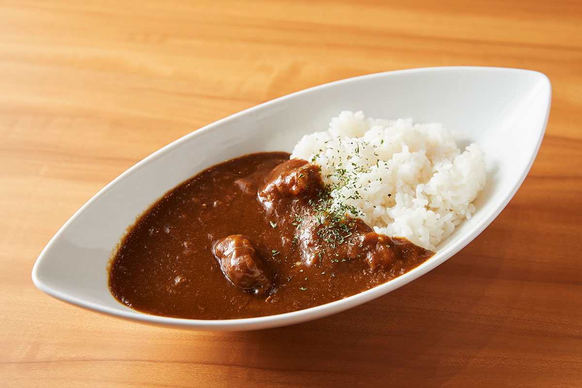 ELOISE's Cafe横浜ハンマーヘッド店で「 三笠ホテルカレー」提供開始