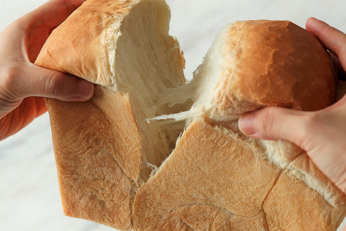 ホテルニューグランド、国産小麦使用「ホテルブレッド」販売開始