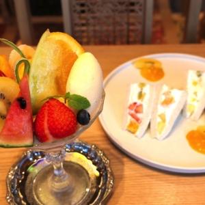 水信フルーツパーラー馬車道でフルーツパフェとフルーツサンド堪能!横浜の老舗果物店